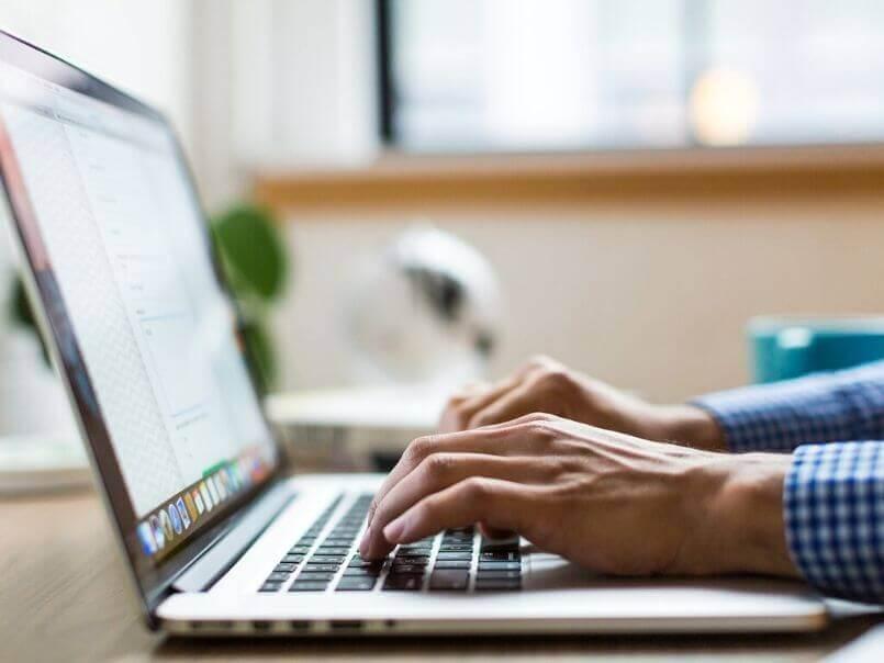 理学療法士の転職サイトの登録手順